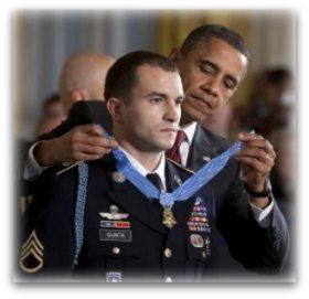 Army SSG Salvatore Giunta receiving the Medal of Honor from President Barack Obama.